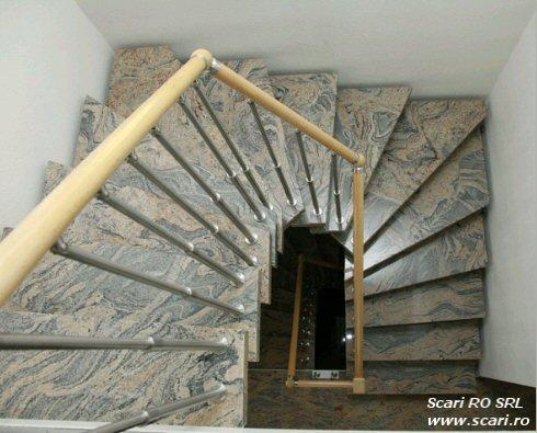 Eleganta si design prin intermediul unor scari din granit